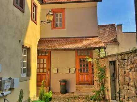 EG-Wohnung - Mietfreie Zeit gegen Renovierung max 2 Pers. (ohne Balkon und ohne Gartennutzung)
