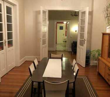 Gepflegte helle 4-Zimmer-Wohnung mit Balkon und Einbauküche in Ludwigshafen-Süd