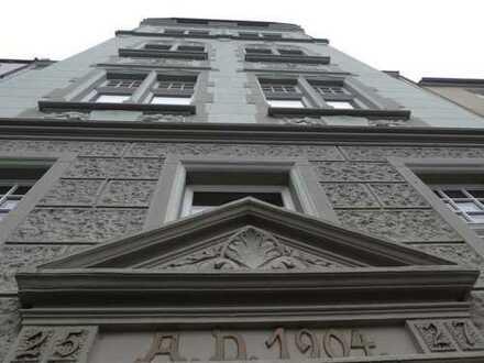 Wunderschöne, zentralgelegene 3-Zimmer-Wohnung mit Balkon im Agnesviertel, Köln