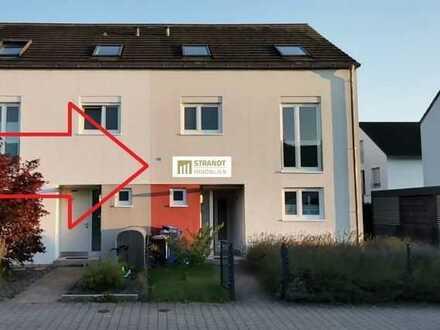 Schicke neuwertige DHH in Karlsruhe-Neureut mit Wow-Effekt