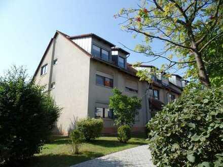 Sonnige 3-Zimmer-Wohnung mit Dachterrasse