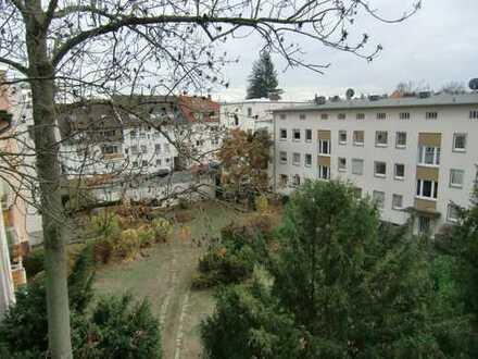Kompakte 3-Zimmer-Wohnung mit Loggia in der Innenstadtlage von Darmstadt