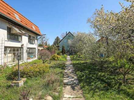 Großes Grundstück in Teltower Siedlung | beliebte Wohngegend | teilbar | mit Abrissobjekten