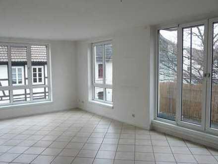 Schöne, helle 3 Zimmerwohnung in zentraler, ruhiger Lage in Höxter