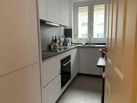 Geräumiges, saniertes WG Zimmer in 3-Zimmer Wohnung in Berlin Schöneberg - befristet