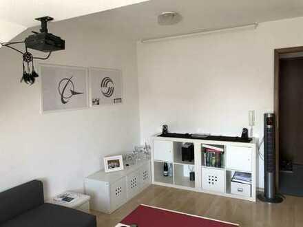 Ideal für Studenten und Pendler......Helle und modern geschnittene Singlewohnung...Zentrumsnah...