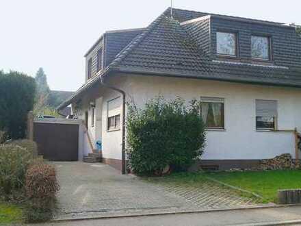 Einfamilien-Doppelhaushälfte mit kleiner Einliegerwohnung