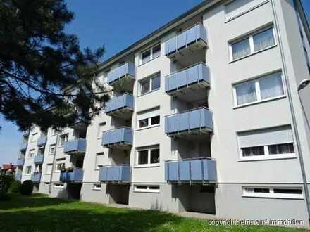 Ideal für 1, 2-oder 2 1/2 Personen! 3,5 Zimmer Wohnung mit Balkon & Stellplatz in Forst
