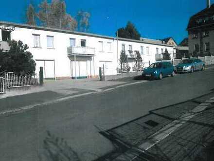 9 abgeschlossene Wohneinheiten, zwischen 28 und 54 m² in Rodewisch zu vermieten!