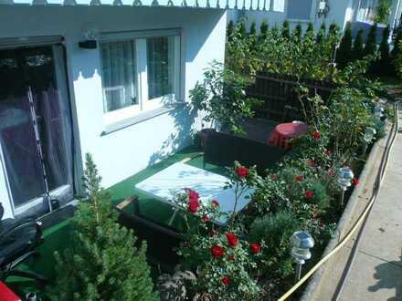 gepflegte 2 Zimmerwohnung mit Terrasse und Abstellraum