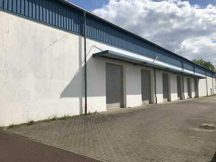 Gewerbehalle und Büroräume