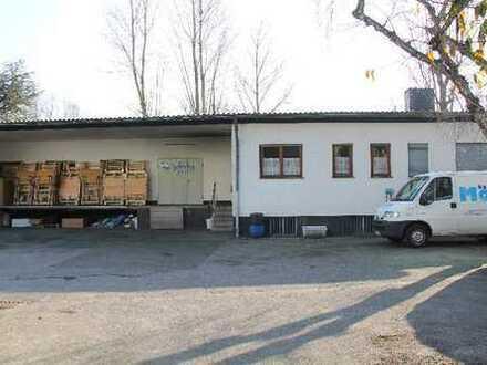 Vermietete 284 m² große Lagerhalle mit Laderampe, Büros und ca. 430 m² Freifläche in Katernberg