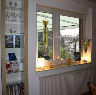 Gepflegte 2,5-Zimmer-Maisonette-Wohnung mit Balkon in Garbsen