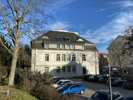 Villenetage am Park, Ihr neues Büro im Denkmalschutz, eigener Parkplatz