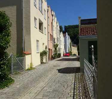 Burghausen Altstadt 2-Zi, ErdG gegenüber Tiefgarage, nahe Wöhrsee und Bushaltestelle