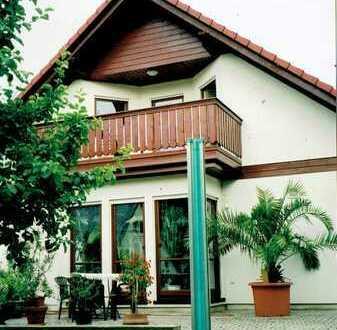 Schöne Drei-Zimmer-Wohnung in Zweifamilien-Haus in Klingenberg