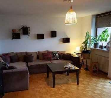 Schöne Drei-Zimmer-Wohnung in Augsburg, Pfersee 101m2