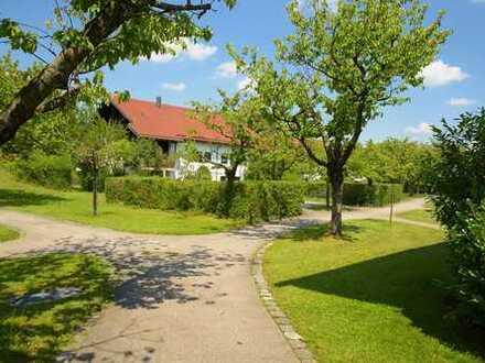 Schöne Familien-Wohnung mit Süd-Balkon - idyllisch im Grünen - nahe der Isar