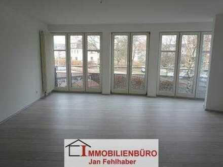 Große 1-Raum-Wohnung mit Einbauküche in Zentrumsnähe