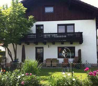 Großes Landhaus mit schönem Garten in der Nähe von Ortenburg, Kreis Passau