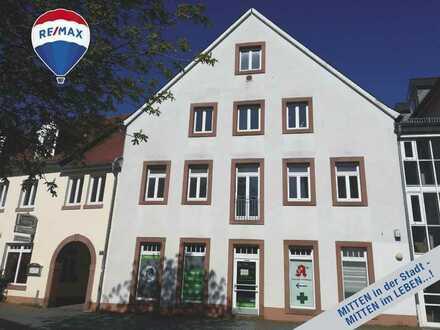 Für KAPITALANLEGER + EIGENNUTZER: 3-ZKB-Wohnung mit CHARME  in ATTRAKTIVER Stadtmittenlage...!