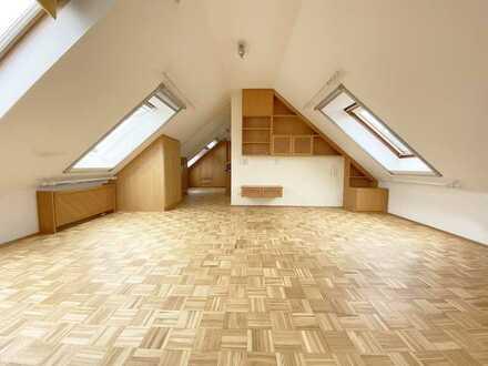 Helle und gepflegte 1-Zimmer Dachgeschosswohnung