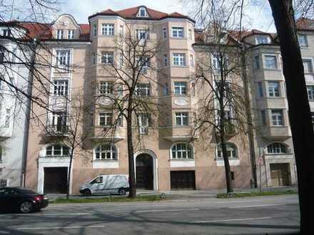 Bogenhausen , Wunderschöne Altbauwohnung
