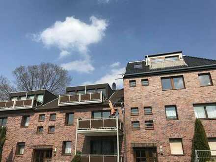 ONLINE-BESICHTIGUNG: Neuwertiger Dachgeschoss-Traum mit zwei Balkonen in Zündorf!