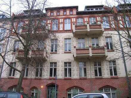 Herrliche Dachgeschosswohnung im Kiez von Potsdam West