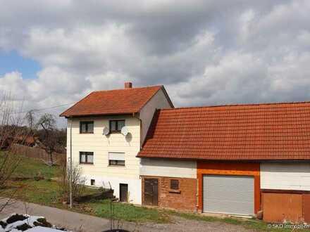 Eberbach - Wohnhaus mit großer Scheune!