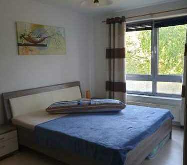 Stilvolle, modernisierte 3-Zimmer-Wohnung mit Balkon und Einbauküche in Filderstadt
