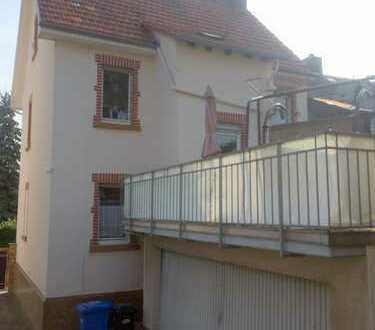 Bad Homburg - Gemütliches Haus mit Dachterrasse für PÄRCHEN!
