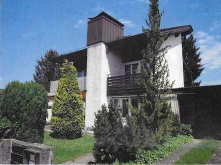 Schönes Haus mit sechs Zimmern in Ingolstadt, Oberhaunstadt