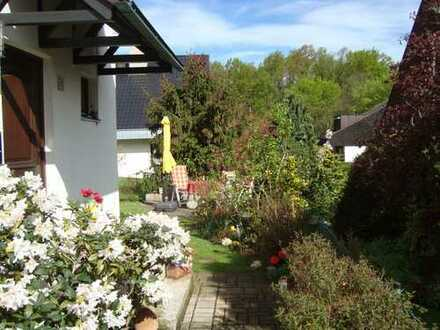 Doppelhaushälfte am Waldrand in ruhiger Lage mit hervorragender Infrastruktur direkt vom Eigentümer