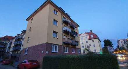 Mehrfamilienhaus mit 10 Wohneinheiten in guter Lage in Dresden !