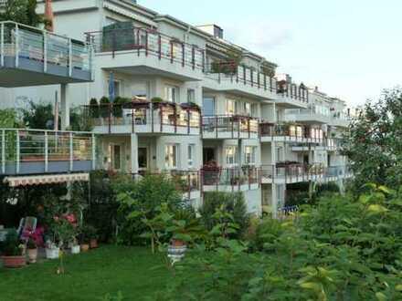 Zentrumsnahe, ruhige, gepflegte 3-Zimmer-Wohnung mit Balkon und Blick ins Grüne