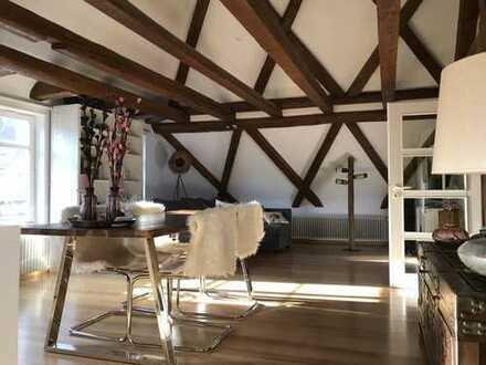 Ansprechende 3-Zimmer-Wohnung mit Balkon und Einbauküche in Kirchheim unter Teck