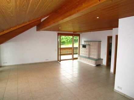 3,5 Zi.-Wohnung mit EBK, 2 Balkonen, Garage,...