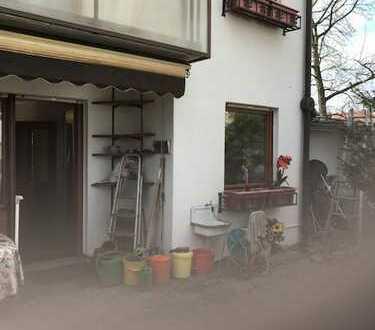 Einfamilienhaus Ilvesheim für eine große Familie mit Garten, Terrasse und Garage