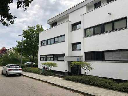 Erstbezug nach Renovierung 4,5 Zimmerwohnung in München-Obermenzing