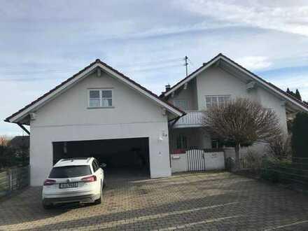Perle auf dem Land: Sehr schönes, geräumiges Haus mit sechs Zimmern in Kutzenhausen