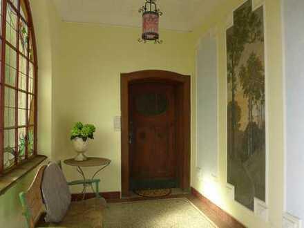 Vollständig renovierte 3-Zimmer-Wohnung mit Balkon in Esslingen am Neckar