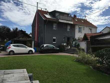Schönes, geräumiges Haus mit vier Zimmern in Alzey-Worms (Kreis), Gimbsheim