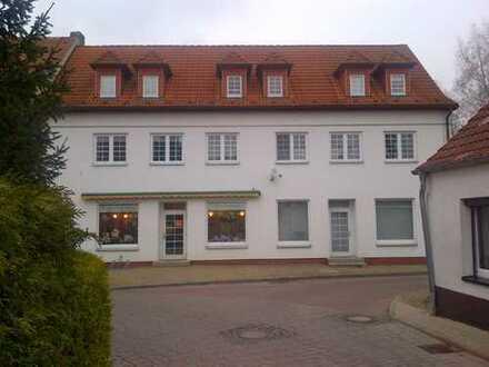 Ruhige 2-Zimmer-DG-Wohnung in Zossen - Gartenmitbenutzung