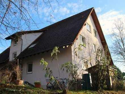 Zwei Zimmer Eigentums-Wohnung mit Gartenanteil