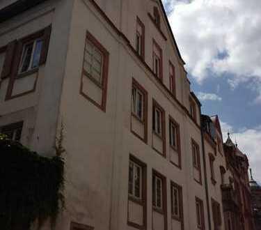 WG taugliche 3 Zimmerwohnung , Terrasse, Ruhige Lage