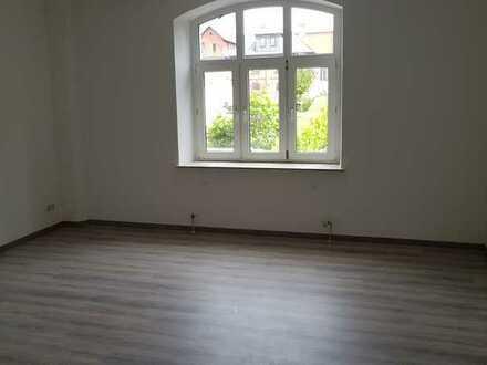 *SCHÖN GESCHNITTENE 3-ZI.-WOHNUNG in Sonneberg direkt im Zentrum, 83m²