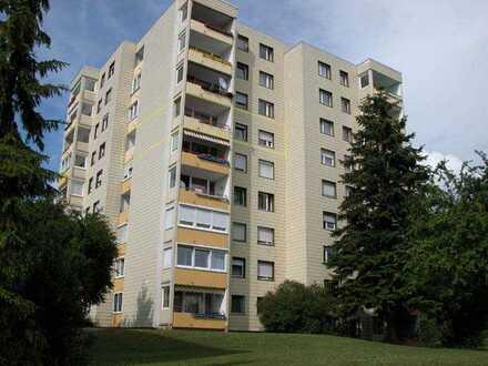 3,5-Zimmer-Wohnung mit 2 Balkonen und EBK in Sindelfingen-Maichingen
