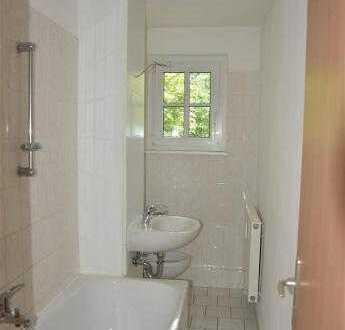 Sanierte 2-Zimmer-Wohnung mit Balkon in Im Brückfeld, Magdeburg