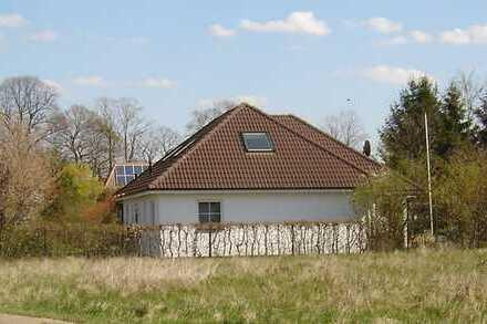 ZWANGSVERSTEIGERUNG - Einfamilienhaus mit viel Platz für die Familie in ländlicher Umgebung